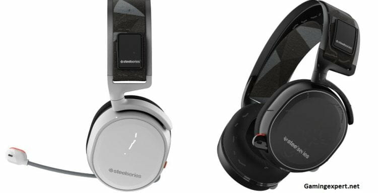 SteelSeries-Arctis-7-black-and-white-headsets